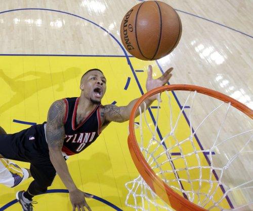 Damian Lillard, C.J. McCollum lead Portland Trail Blazers in rout of Phoenix Suns