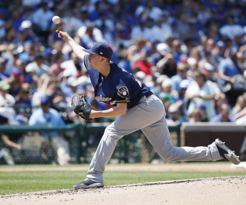 Milwaukee Brewers blast Chicago Cubs