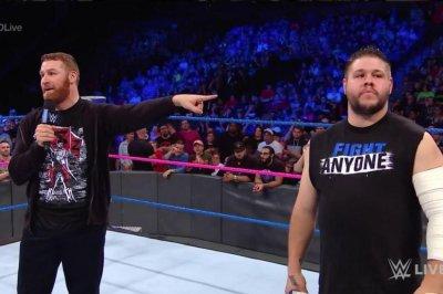 WWE Smackdown: Kevin Owens, Sami Zayn hug it out