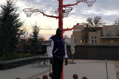 Shaquille O'Neal: Los Angeles Lakers icon has a 'broken rim tree'