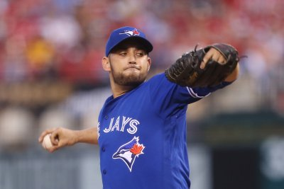 Blue Jays, Rays aim to end average stretches