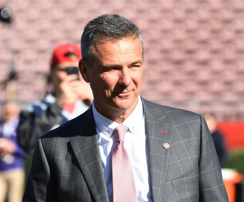 Rose Bowl: Ohio State holds off Washington in Urban Meyer's farewell