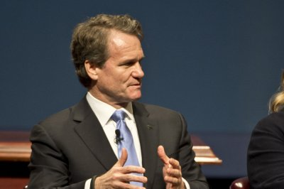 Bank of America to boost hourly minimum wage to $20