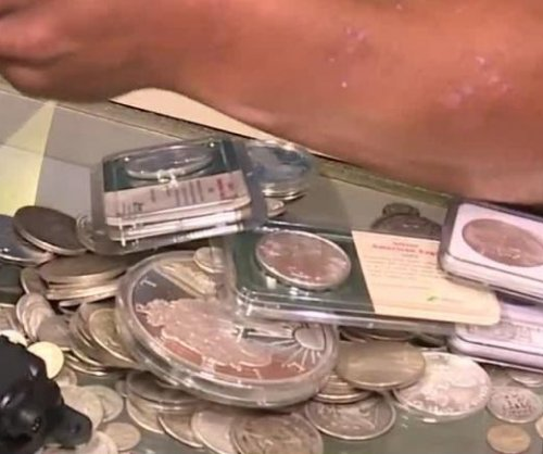 Michigan jewelry store's inventory buried for statewide 'treasure hunt'