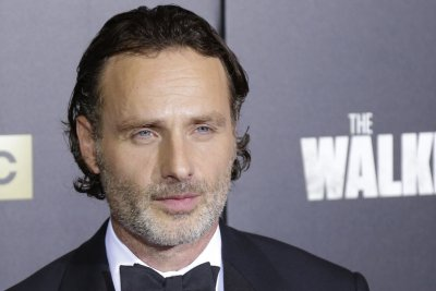 Andrew Lincoln to play scrooge in livestreamed 'A Christmas Carol'