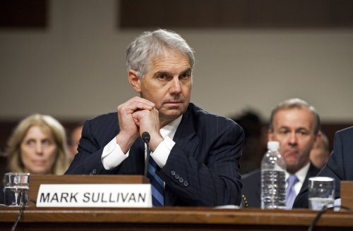 Secret Service director apologizes