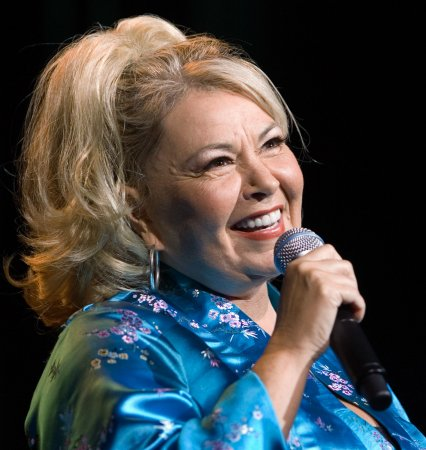 Roseanne Barr to guest on 'Cristela'