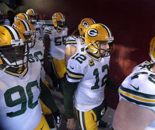 Surging Green Bay Packers square off with sliding Minnesota Vikings