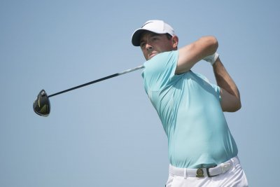 Rory McIlroy destroys fellow golfer in Twitter spat