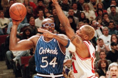 Horace Grant accuses Michael Jordan of lying in 'The Last Dance,' calls him 'snitch'