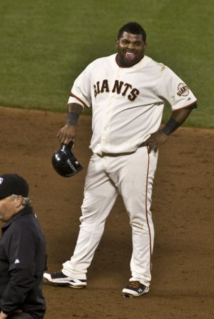 Giants lose Sandoval to broken hand