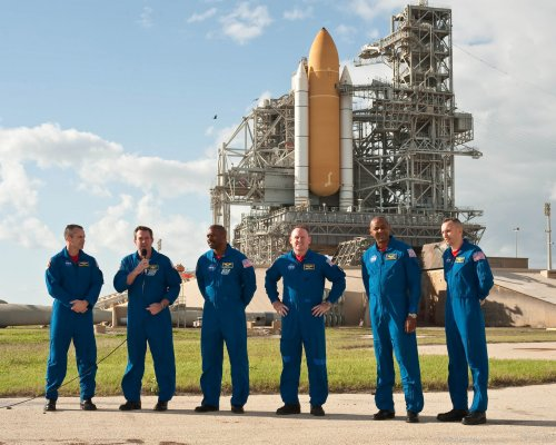 Atlantis gets Nov. 16 'maybe' launch date