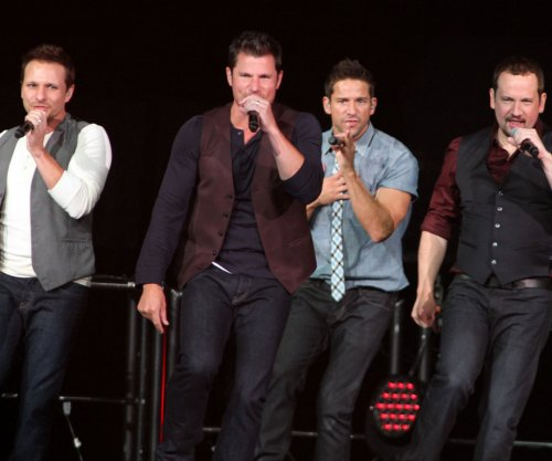 98 Degrees to release new Christmas album Oct. 13