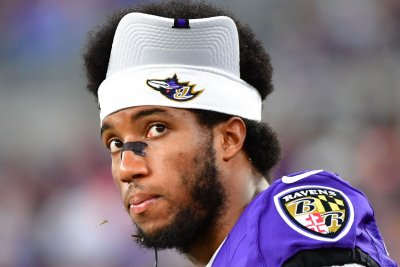 Ravens All-Pro CB Marlon Humphrey among latest NFL COVID-19 positives