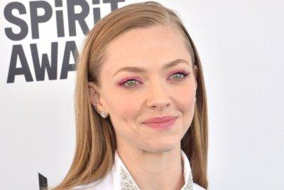 Amanda Seyfried replaces Kate McKinnon as Elizabeth Holmes in 'The Dropout'