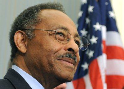 Illinois' Hare calls on Burris to resign