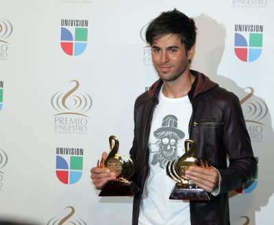Stars line up for Latin Grammys show