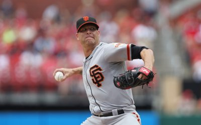 Giants break losing streak against Nationals