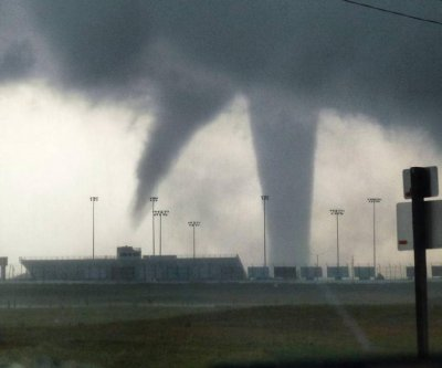 Tornadoes leave injuries and damaged homes in Kansas, Oklahoma