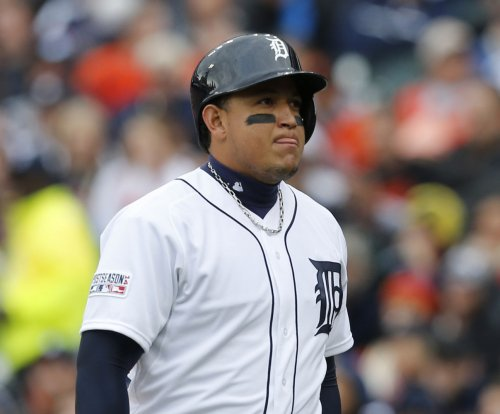 Detroit Tigers' Miguel Cabrera (oblique) out two to three days
