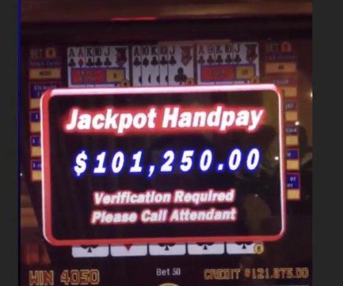 Floyd Mayweather wins $101K in video poker