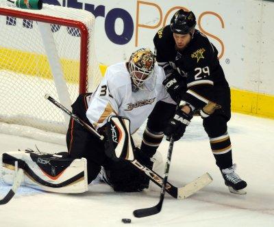 NHL suspends Dallas's Ott for two games