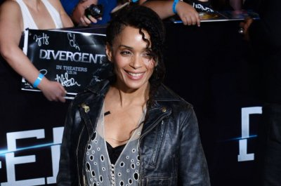 Lisa Bonet's manager says she's not on Twitter, won't comment on Bill Cosby scandal