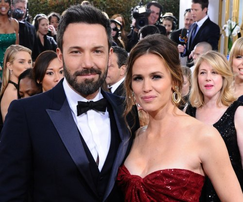 Jennifer Garner condemns 'abusive' celebrity photo hack