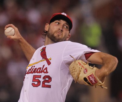 First shoe drops in St. Louis Cardinals' hacking scandal