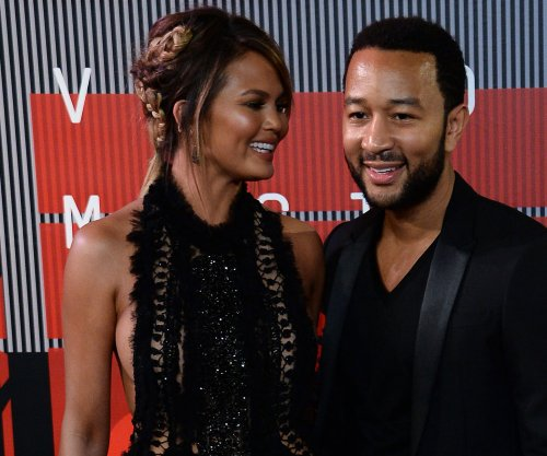 Chrissy Teigen, Tyra Banks share fertility struggles