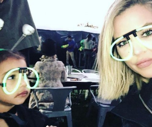 Khloe Kardashian spends time with niece North West