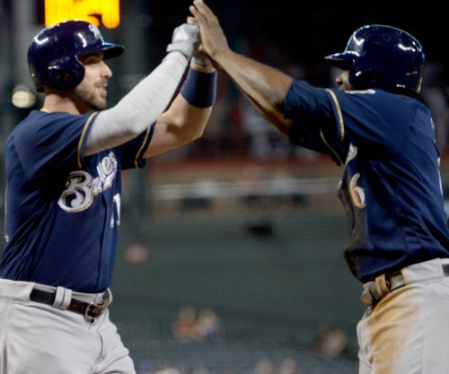 Cubs, Brewers face off in battle of NL Central front-runners