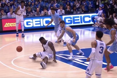 UNC knocks off rival Duke; Zion Williamson injured