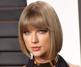 Taylor Swift supports boyfriend Calvin Harris in Las Vegas