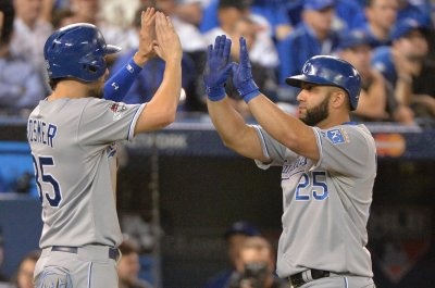 Kansas City Royals defeat Oakland Athletics for fourth straight win