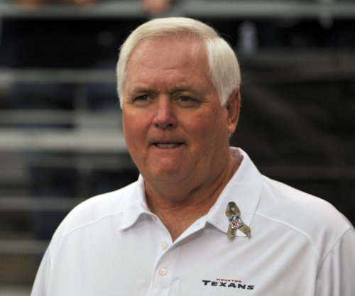 Los Angeles Rams ink Wade Phillips as defensive coordinator