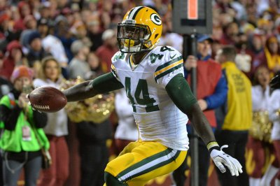 Green Bay Packers cut RB James Starks