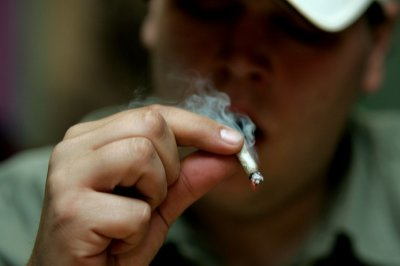Medical pot laws don't increase teens' recreational use: Study