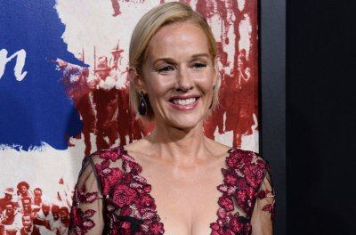Penelope Ann Miller to star in Lifetime's college-admission scandal movie
