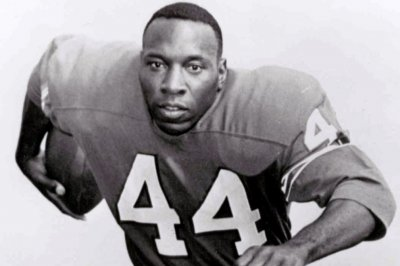Former Buffalo Bills star Elbert Dubenion dies at 86