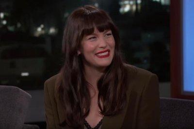 Liv Tyler praises dad Steven Tyler as 'amazing' performer