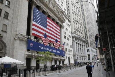 S&P 500, Nasdaq Composite snap five-day winning streak with slight losses