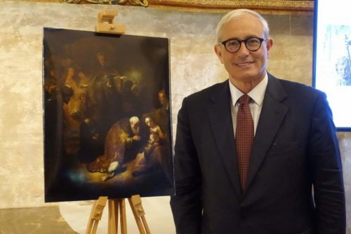 Lost Rembrandt painting rediscovered after falling off a wall