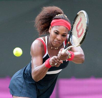 Azarenka, Serena Williams again win easily