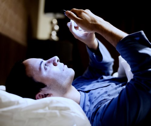 Youths who don't sleep well may end up drinking heavily, engaging in risky sexual behavior