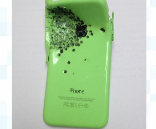Police: iPhone took shotgun blast to save owner's life