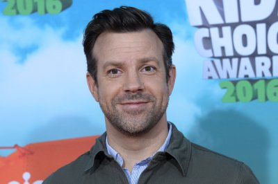 Jason Sudeikis to star in off-Broadway production of 'Dead Poets Society'