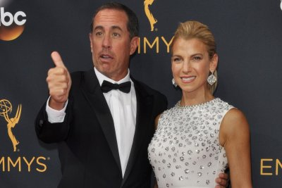 Jerry Seinfeld to bring new 'Comedians in Cars Getting Coffee' and stand-up shows to Netflix