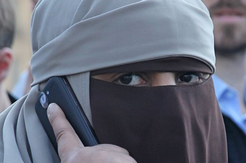 German parliament approves partial burqa ban