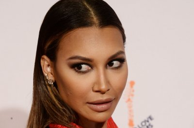 Body found at California lake identified as 'Glee' star Naya Rivera